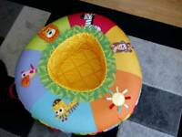 Baby play ring with 100 balls