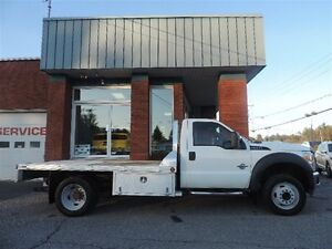 2011 Ford F-550 CHASSIS CAB XL PLATE-FORME TURBO DIÉSEL COMME NE