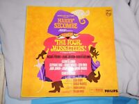 Musicals vinyl LPs & 45s batch