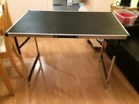 Black foldable desk - used in good conditions