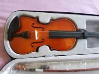 3/4 Violin & Case (Needs New string)