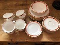 Royal Worcester bundles plates saucers x 34 items