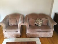 2x2 seater sofas & 2x chairs