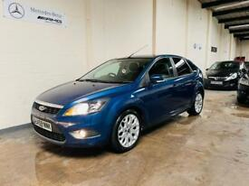 image for Ford Focus 1.6 zetec in stunning condition long mot October full service history