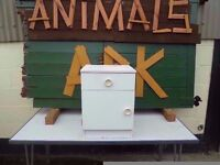 White Bedside Cabinet 1 draw 1 Cupboard Delivery Available £10