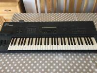 Yamaha SY85 workstation synthesizer in vgc(open to offers)