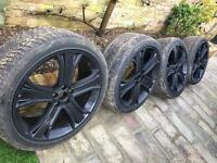 Set of 4 Range Rover rims and tyres 22in