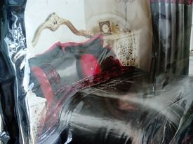 lace boutique king size bedspread, black and red, brand new in bag