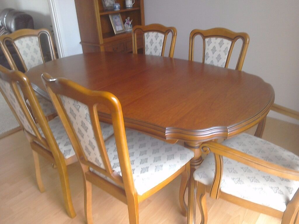 Stupendous John Coyle Extending Dining Table And Chairs In Watton Bralicious Painted Fabric Chair Ideas Braliciousco