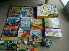 Kids bundle of jigsaw. Books. Toys exc. Condition
