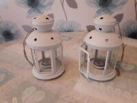 2 Tea light lanterns
