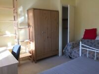 Spacious and bright double room to let all inc