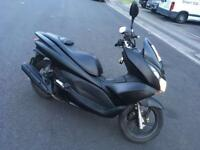 Honda PCX 125cc (not sh ps vespa)