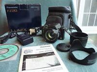 Panasonic FZ20 Zoom Digital Bridge Camera complete. Very Good Condition. KENILWORTH