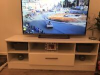 White TV unit, high gloss, 146cm wide, 42cm deep, 51cm height, with one drawer