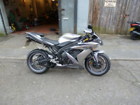 yamaha r1 30,000 miles mot july 2017 lovely clean nice bike very fast and looks great