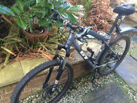 GT Avalanche 1.0 Mountainbike all inclusive bike package