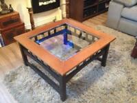"BEAUTIFUL SOLID WOOD COFFEE TABLE 31.5"" x 31.5"""