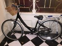 Revolution Heritage bike, v good condition - Black