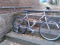 Specialized mountain bike bicycle 24 speed runs very well