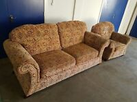 FABRIC 3 SEATER SOFA / SUITE / SETTEE & ARMCHAIR ON WOODEN FEETS DELIVERY AVAILABLE