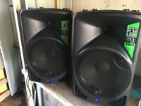 Alto TX15 Active 600-Watt 15-Inch 2-Way Loudspeaker
