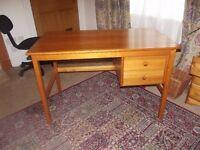Pine desk L44 W24 H28 inches Good Condition