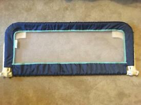 Portable and extendable bed rails for toddler bed or adult.