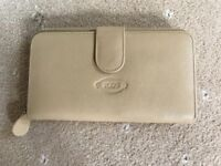 TOD'S leather purse, beige, unused