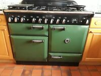 excellent condition - Free Standing Range 110 cms , 6 burners & 2 ovens colour Green