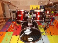Nearly new acoustic drum set for sale (Reduced for quick sale)