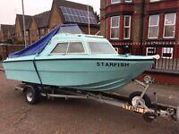 Microplus 461 fishing boat