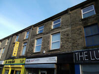Great value - top floor modernised flat close to Rawtenstall centre
