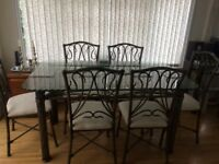 Beautiful Glass Dining room Table, six chairs + side table in excellent condition
