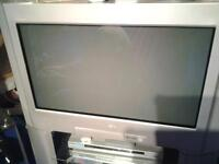 """sony digital tv old type with stand 28"""""""