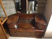 FREE DELIVERY DRESSING TABLE