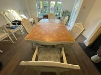 Magnificent dining table with six chairs