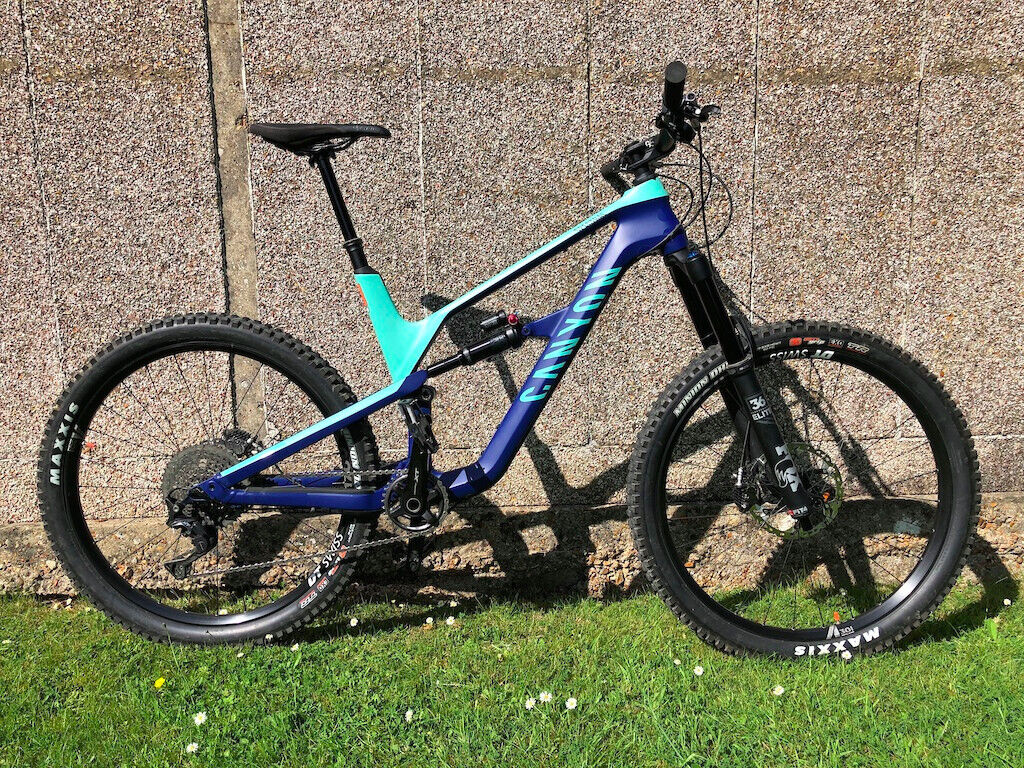 2019 Canyon Spectral CF8 0 Large | in Lindfield, West Sussex | Gumtree
