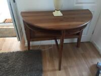 DINNING BREAKFAST TABLE & CHAIRS WOOD