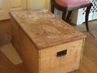 Large pine blanket box