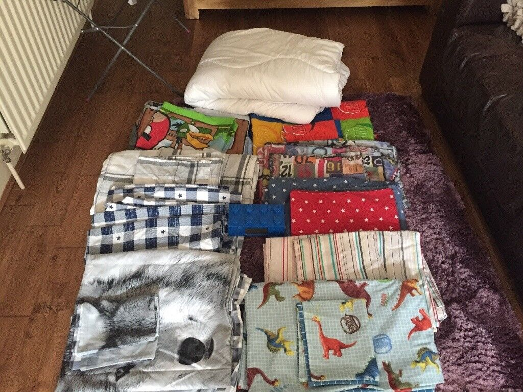 Joblot of single bedding