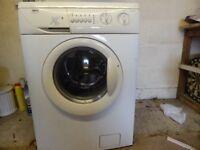 Washing Machine 6kg 1400 SPIN