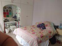 Short Term Let - Double Room – Shepherd's Bush W12 – Zone 2 - £350