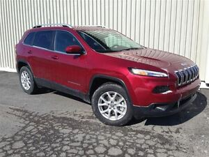 2017 Jeep Cherokee North + Hitch, Temps Froid+