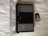 IPOD+IPHONE Speaker Docking Station (W/ LineIn. )