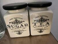 Free sugar and tea pots