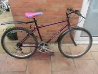 mens dawes mountain bike 17 inch frame with lock £49.00