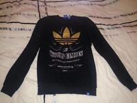 Adidas jumper size small