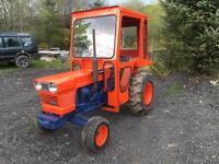 Kubota L 225 tractor