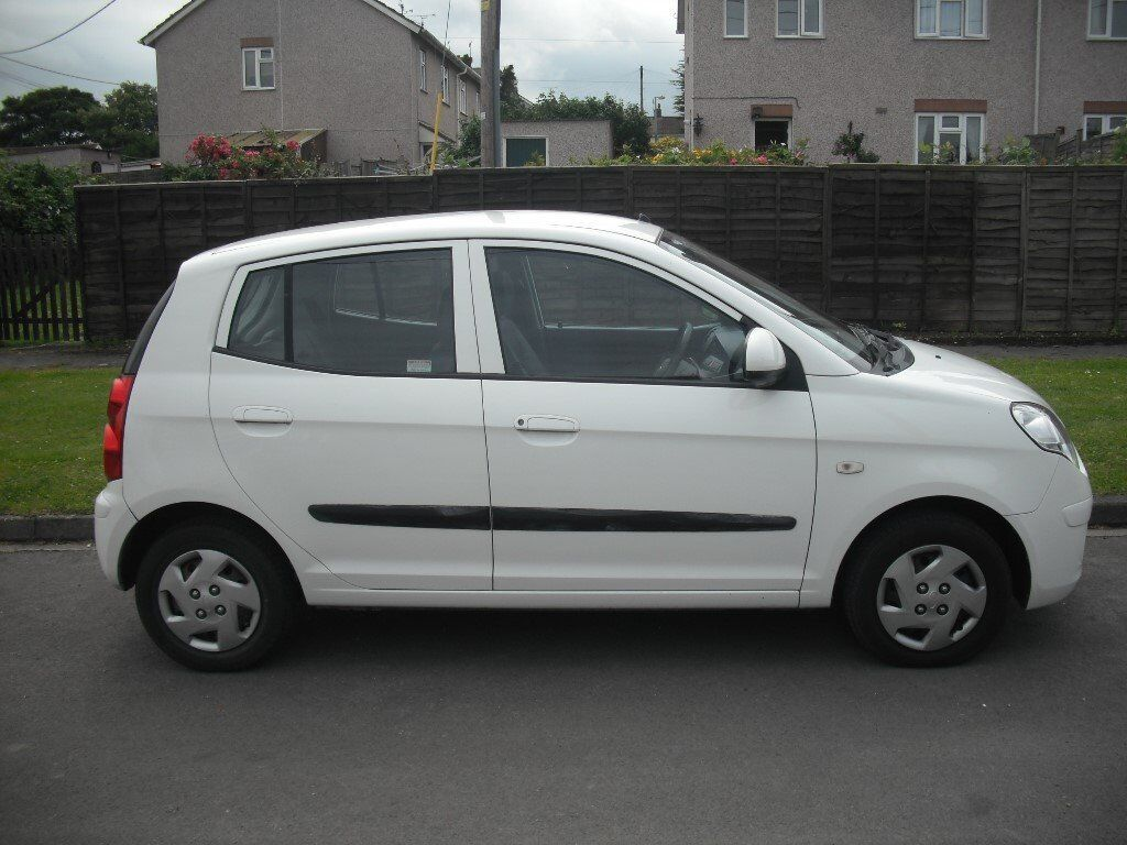 kia picanto 2009 mot apr 17 low miles low tax only 30 a year drives nice in durrington. Black Bedroom Furniture Sets. Home Design Ideas